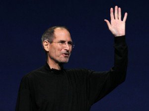 STEVE JOBS SAYS GOOD BYE 300x225 Steve Jobs (1955 2011),Apple Co Founder,Dies at 56
