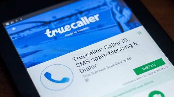 Record Calls using Truecaller